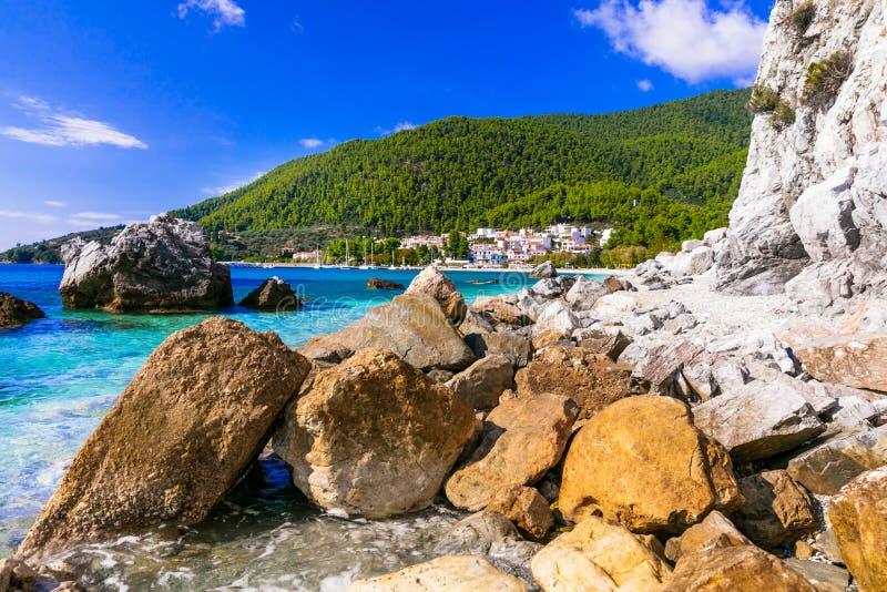 斯科派洛斯岛海岛-美丽如画的新Klima村庄,希腊最好  库存照片