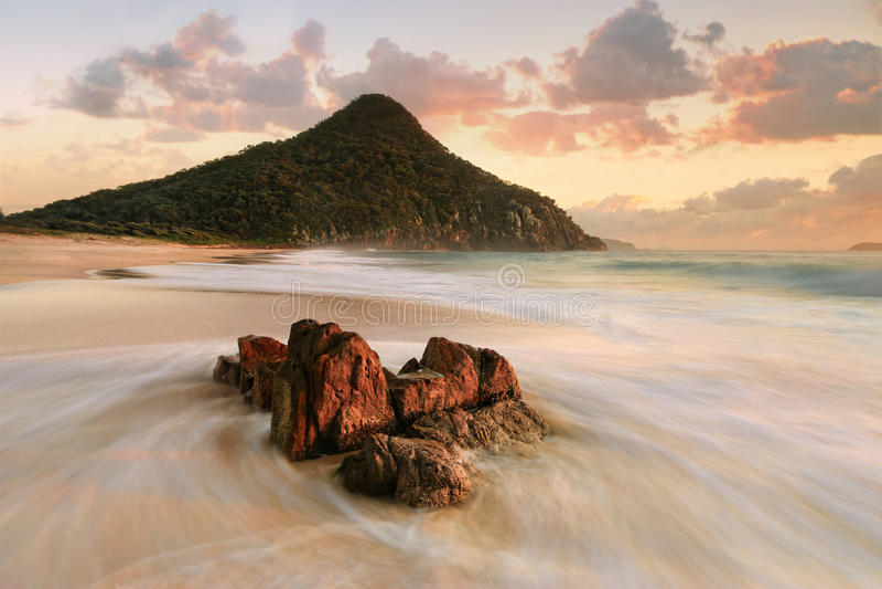 斯蒂芬斯港天顶海滩日出旅游业 免版税库存图片