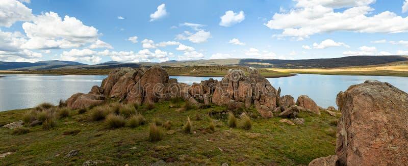 斯诺伊上流抱怨可西欧斯可国家公园全景 库存图片