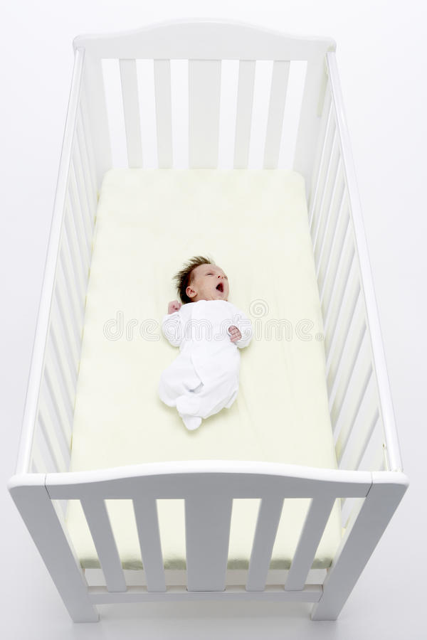 新出生的婴儿床 免版税库存图片