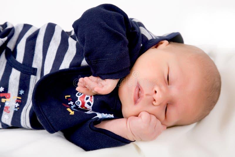 新出生的婴孩 免版税图库摄影