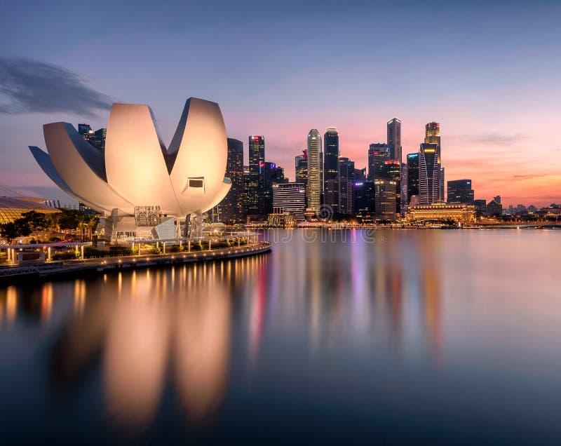 新加坡中央商务区遭遇风暴 库存照片