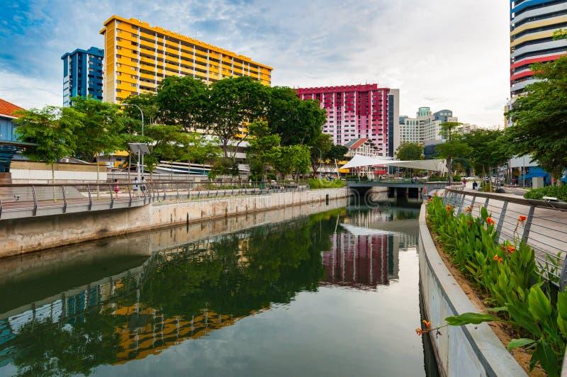 新加坡住房和发展板, Rochor中心 免版税库存图片