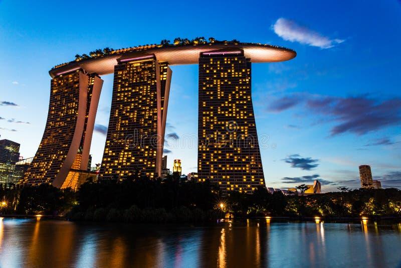 新加坡滨海湾沙滩的夕阳 免版税图库摄影