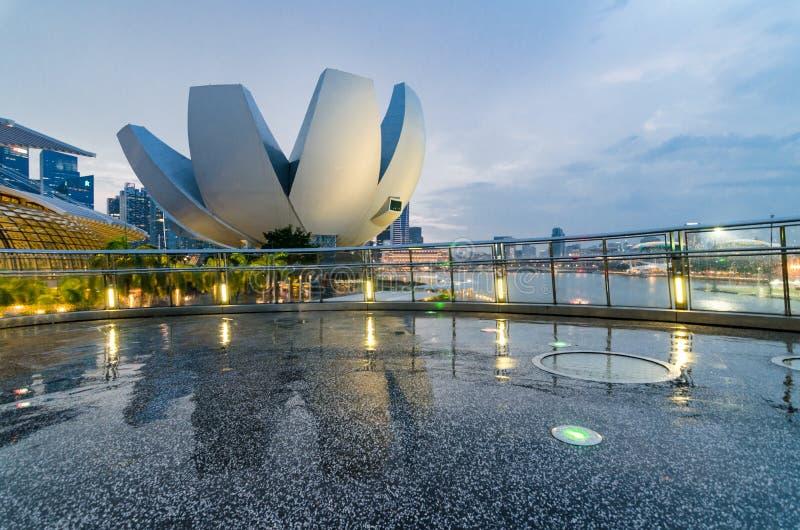 新加坡攻略科技馆如被看见从艺术螺旋.手游版赛尔号桥梁v攻略图片