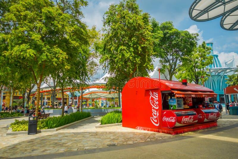 新加坡,新加坡- 2018年2月01日:可口可乐小屋的室外看法喝在环球影业里面位于 库存照片