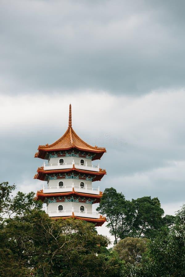 新加坡01 DEC 2018年:中国塔地标在中国庭院里 库存图片