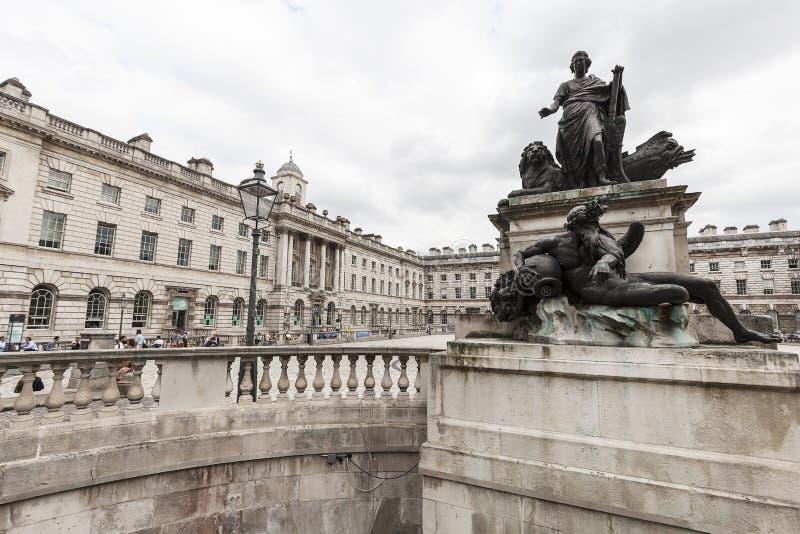 新古典主义的修造的萨默塞特议院在区科文特花园,伦敦,英国 免版税库存图片