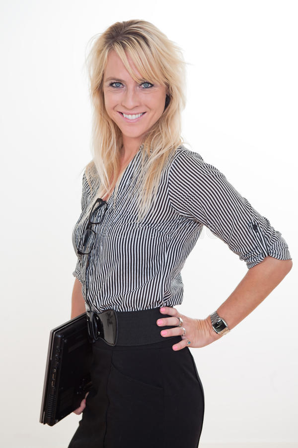 新和美丽的白肤金发的白种人女实业家 免版税图库摄影