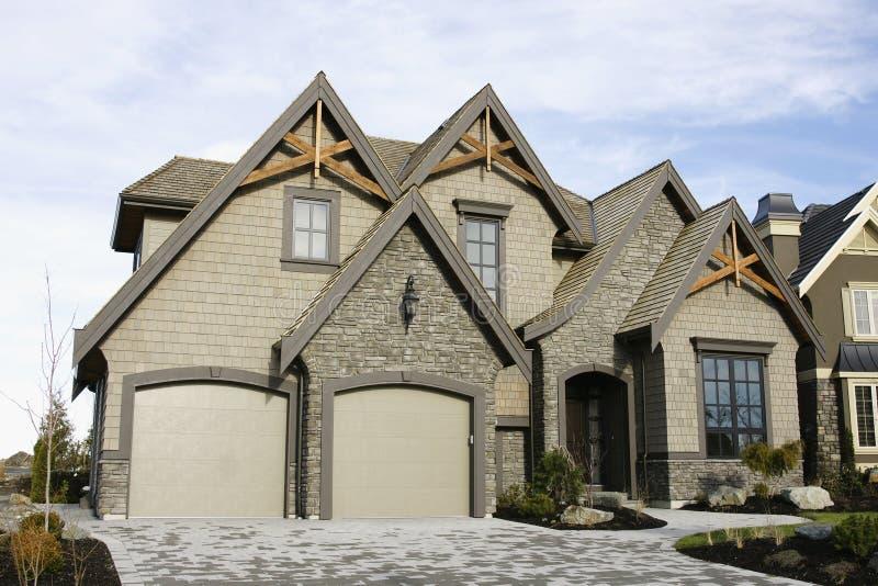 新外部家庭的房子 免版税库存图片
