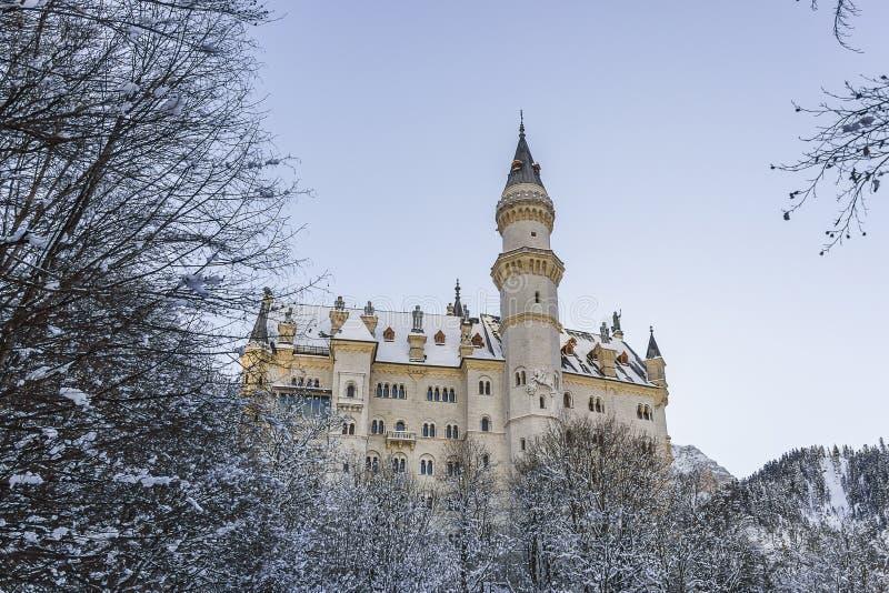 新天鹅堡城堡及早在菲森 库存照片