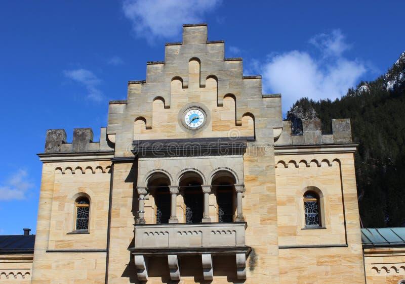新天鹅堡城堡在巴伐利亚阿尔卑斯 图库摄影