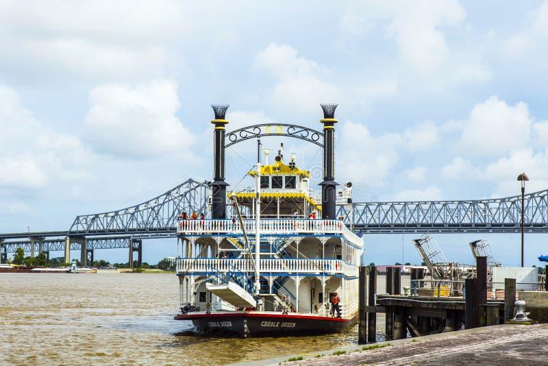 新奥尔良港的Paddlewheeler克里奥尔人的女王/王后  免版税图库摄影