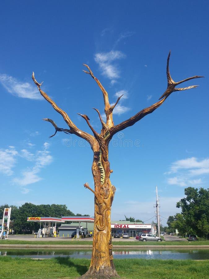 新奥尔良飓风卡特里娜致力树 库存图片