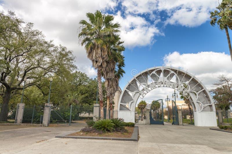 新奥尔良- 2016年2月:阿姆斯特朗公园在一美好的天 免版税库存照片