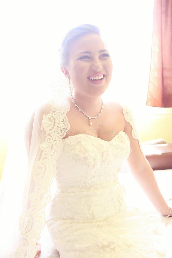 新娘为婚姻做准备 免版税库存图片