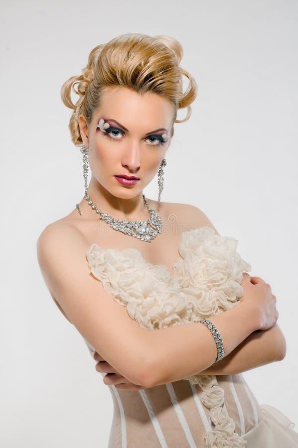 新娘创造性的构成发型 图库摄影