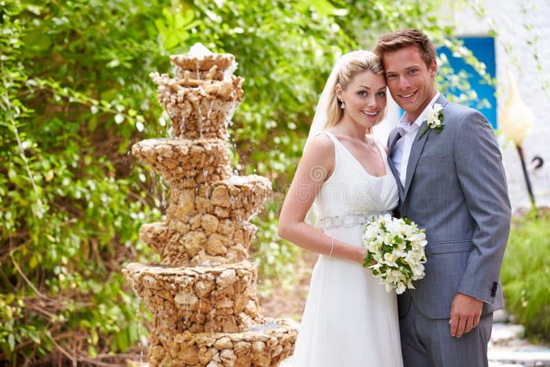 新娘和新郎在婚礼 库存图片