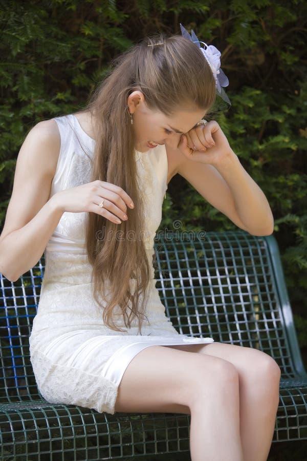 新娘哭泣失望了 免版税库存图片