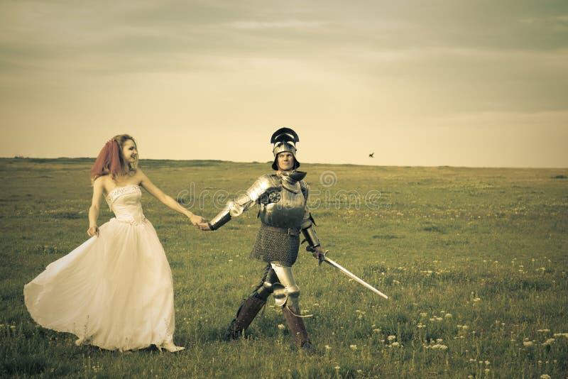 新娘她的骑士公主减速火箭的样式 免版税库存照片