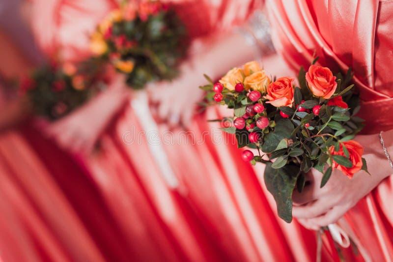 新娘婚礼花和新娘花束 库存照片
