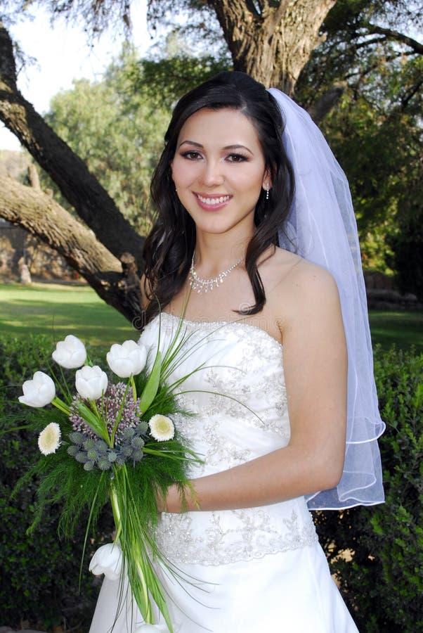 新娘微笑的婚礼 免版税库存照片