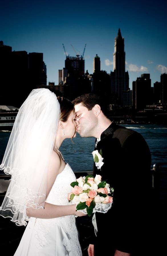 新娘新郎纽约 免版税图库摄影