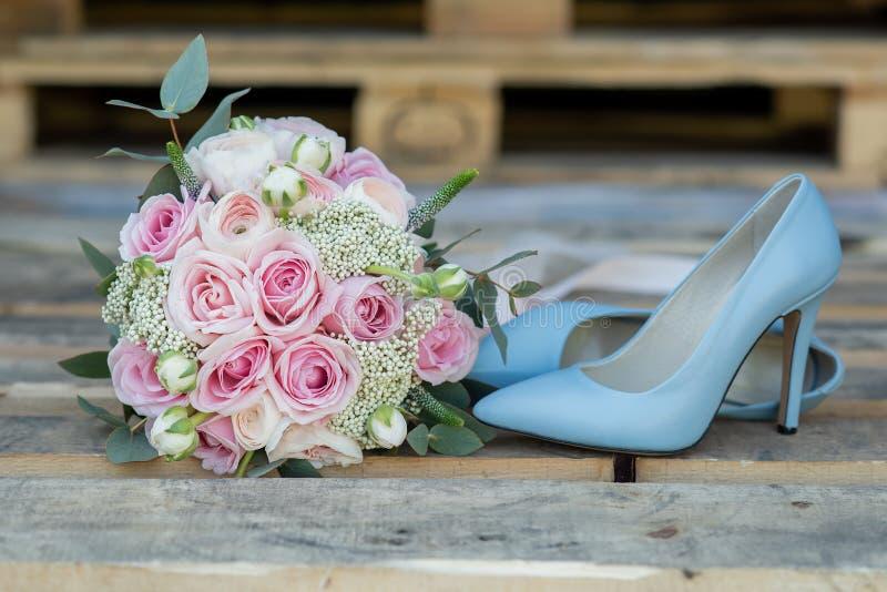 新娘时髦的婚姻的属性  E 库存图片