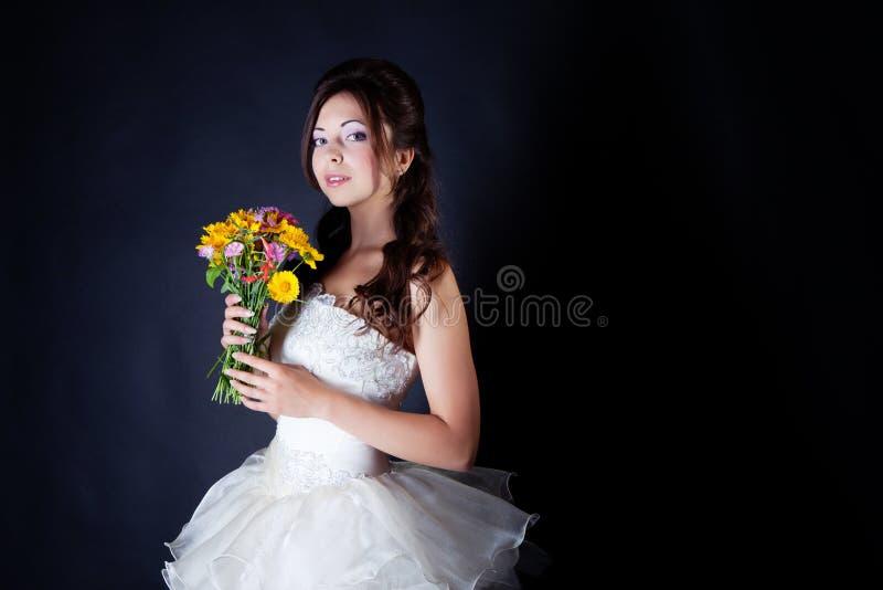 Download 新娘纵向在工作室 库存图片. 图片 包括有 布赖恩, 颜色, 生活方式, 成人, 眼睛, 表示, 贵族, 头发 - 62530657