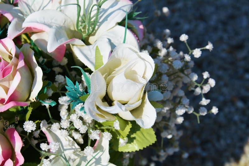 新娘纸玫瑰 免版税库存图片