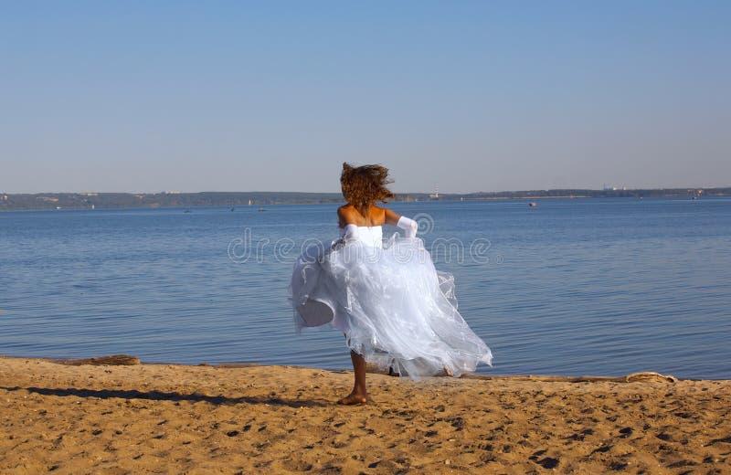 新娘运行中 库存图片