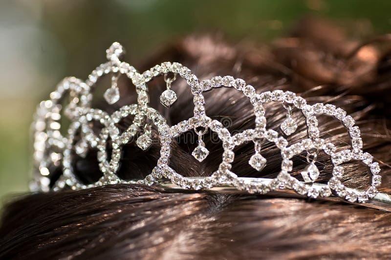 新娘银色冠状头饰 免版税库存图片