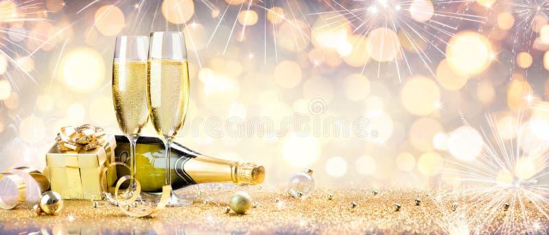 新年度庆祝用香槟 免版税库存图片