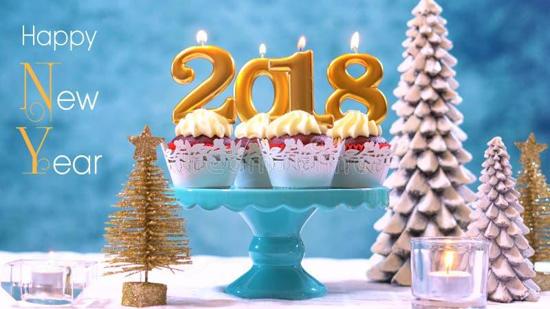 新年快乐2018块杯形蛋糕 免版税库存图片