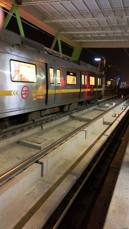 新德里地铁运输铁路 免版税库存照片