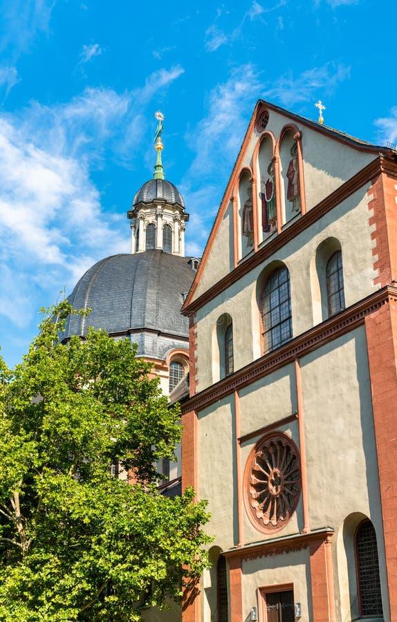新明斯特牧师会主持的教堂在维尔茨堡,德国 免版税图库摄影