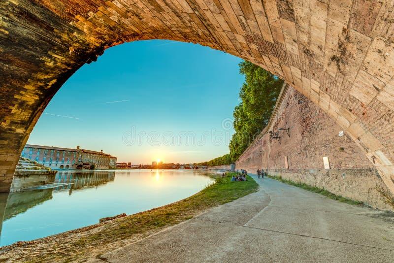 新桥在图卢兹,法国 库存图片