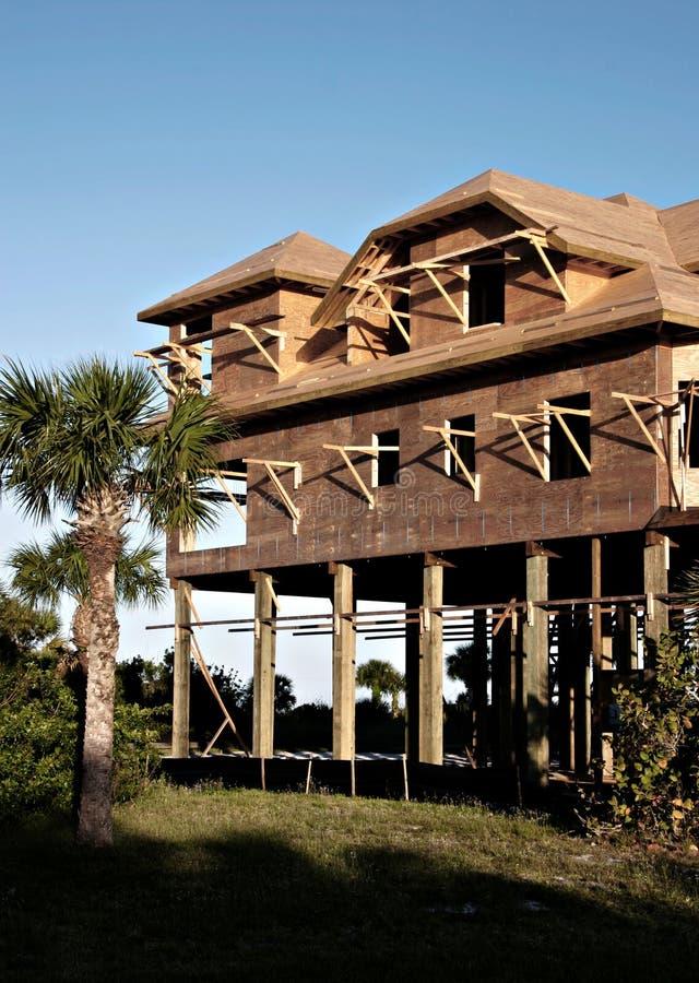 新海岸线的建筑 免版税图库摄影