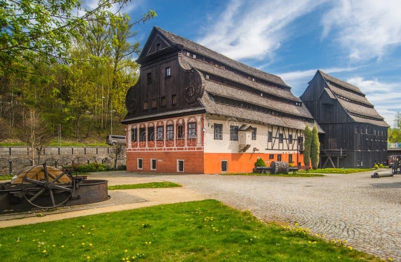 新生造纸厂在Duszniki Zdroj在波兰 免版税图库摄影