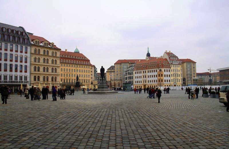 新的中央集市广场,德累斯顿,德国 正方形的全景与 库存图片