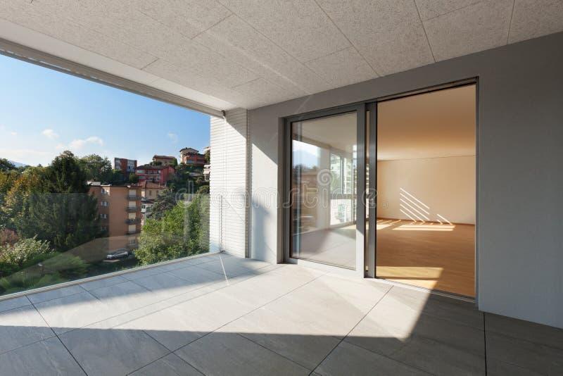 新的公寓大阳台  库存照片