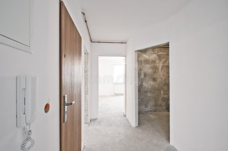 新的公寓,开发商阶段内部  免版税库存照片