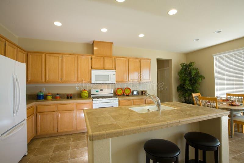 新的厨房改造住宅 库存图片