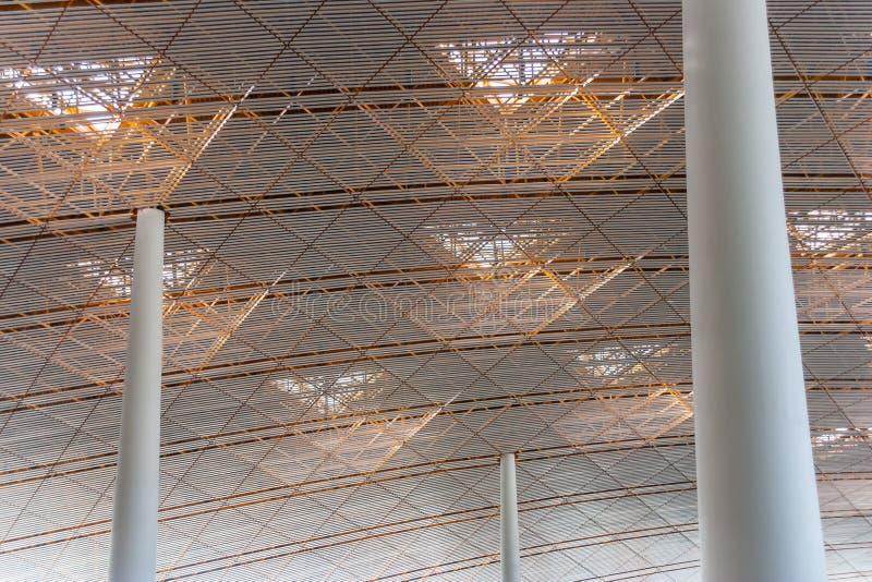 新的国际机场的天花板在北京 免版税库存图片