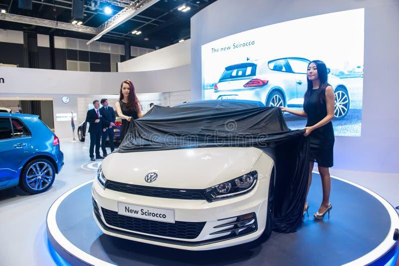 新的大众Scirocco发射在新加坡Motorshow 2015年 免版税库存照片