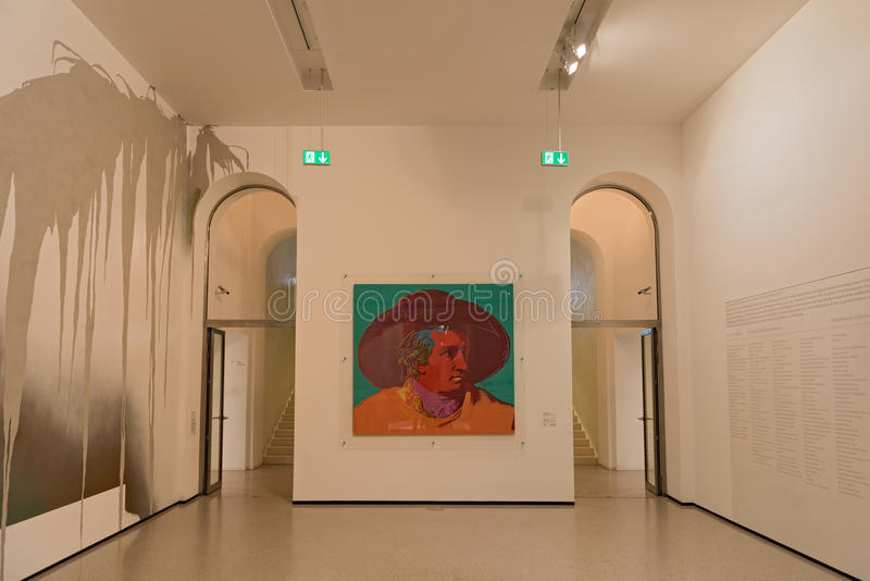新的当代艺术博物馆内部Staedel博物馆的在法兰克福德国 免版税库存照片