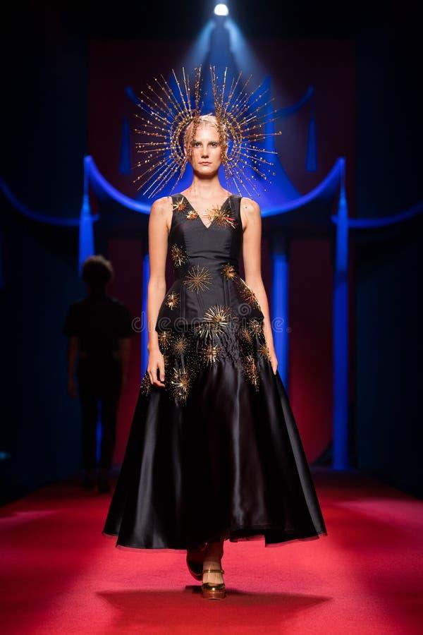 新的收藏的时装在曼谷国际时尚星期2019年,BIFW'19 免版税库存照片