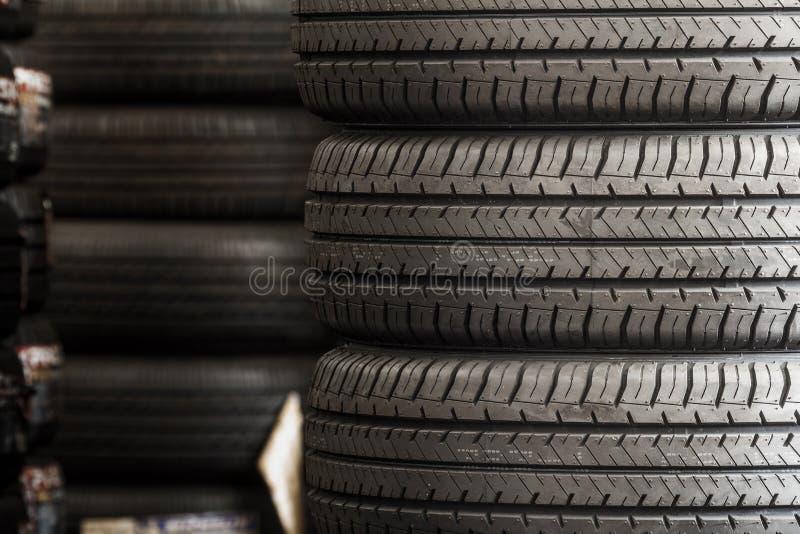 Download 新的栈轮胎 库存图片. 图片 包括有 轮胎, 运输, 商业, 橡胶, 投反对票, 制造, 模式, 纹理 - 59108921