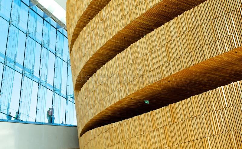 新的现代歌剧内部在奥斯陆 免版税库存图片