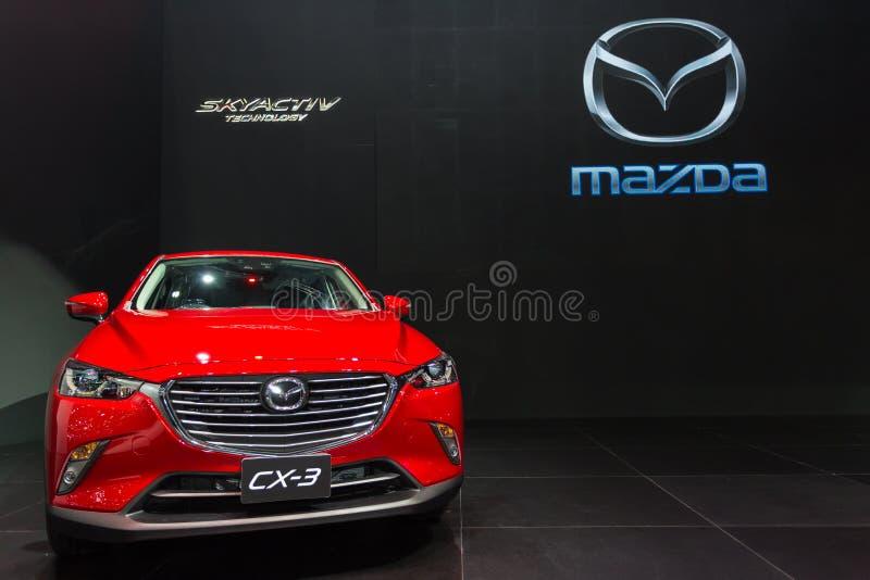 新的红色马自达CX-3 免版税库存照片